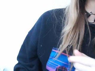 pika_pikaa tattooed cam girl likes make deep, sloppy and intense fuck, live XXX camera