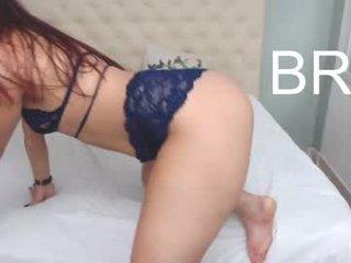 evelynjones7 latina cam babe brings live sex to him online