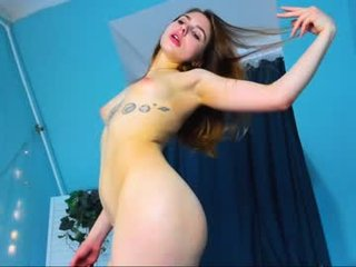 gustamary cute cam girl gives blowjob and gets her holes pounded