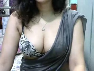 hornydesigirl nude cam bitch enjoys hard live sex on camera