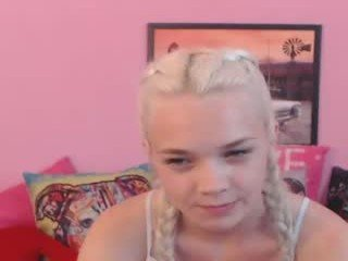 anna18cute blonde cam babe with pigtails stripping online