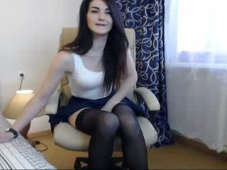 miss_kaira cam babe loves striptease before masturbating action in the chatroom