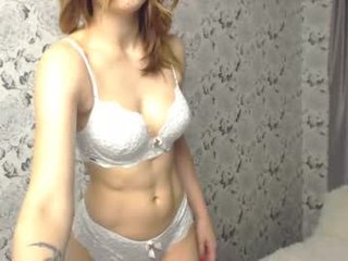 miss_soniya cam babe likes squirting after getting pleasure from masturbation