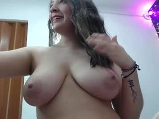 isabella__harris cam girl pleasing her tight asshole and pussy with a sex toy
