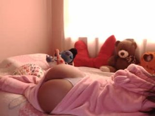 _sherlyn cute cam girl loves dominated show online