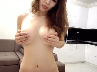 real_toki cam babe likes squirting after getting pleasure from masturbation