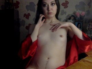 fad-me russian cam babe with tiny tits loves rubs her bald pussy online
