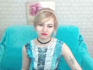 asexysilence english cam girl show his beauty legs online