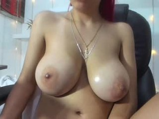 sharon_lewwis big tits cam babe is curious about squirting techniques