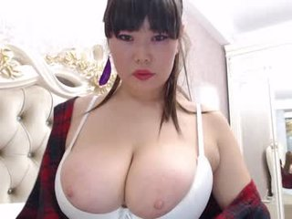 siakiss big tits cam girl pleasing her bushy cunt with a dildo