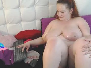 eskol_xxx fat cam babe likes squirt fetish action during her live sex XXX shows